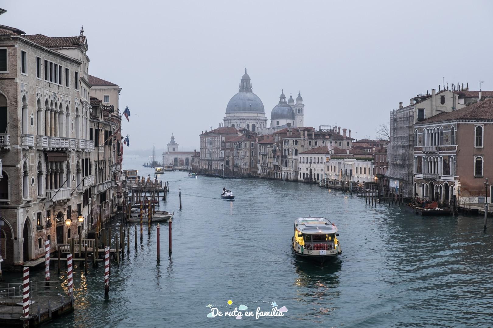viatjar a venecia durant el carnaval