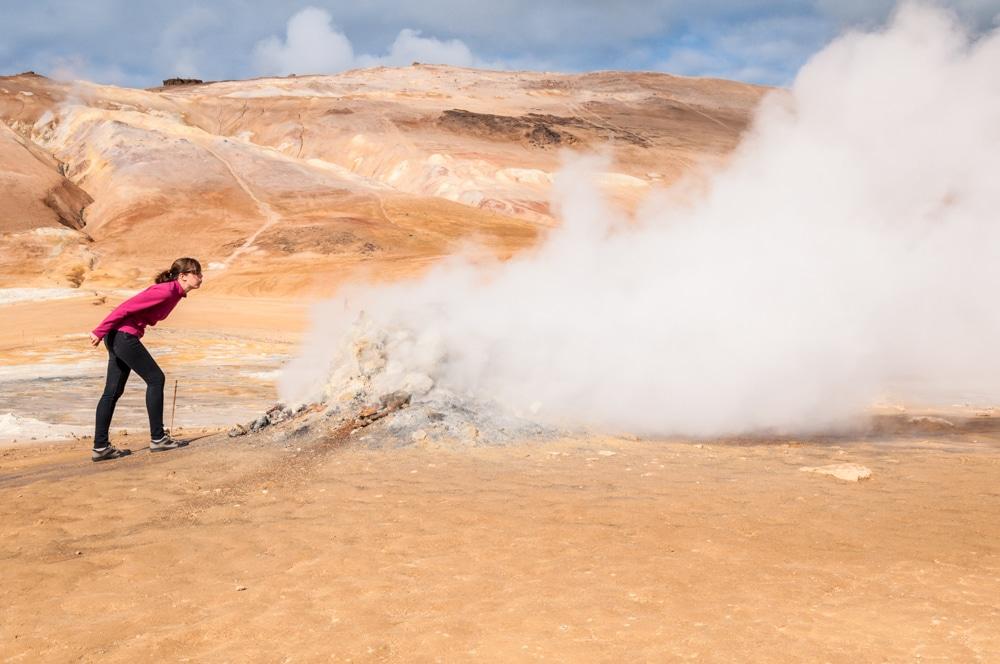 Ruta per Islàndia (III): El camp de lava Dimmuborgir, les fumaroles Hverir i els primers fiords de l'est