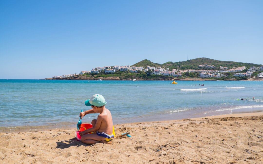 Les 10 millors destinacions per viatjar amb nens aquest estiu