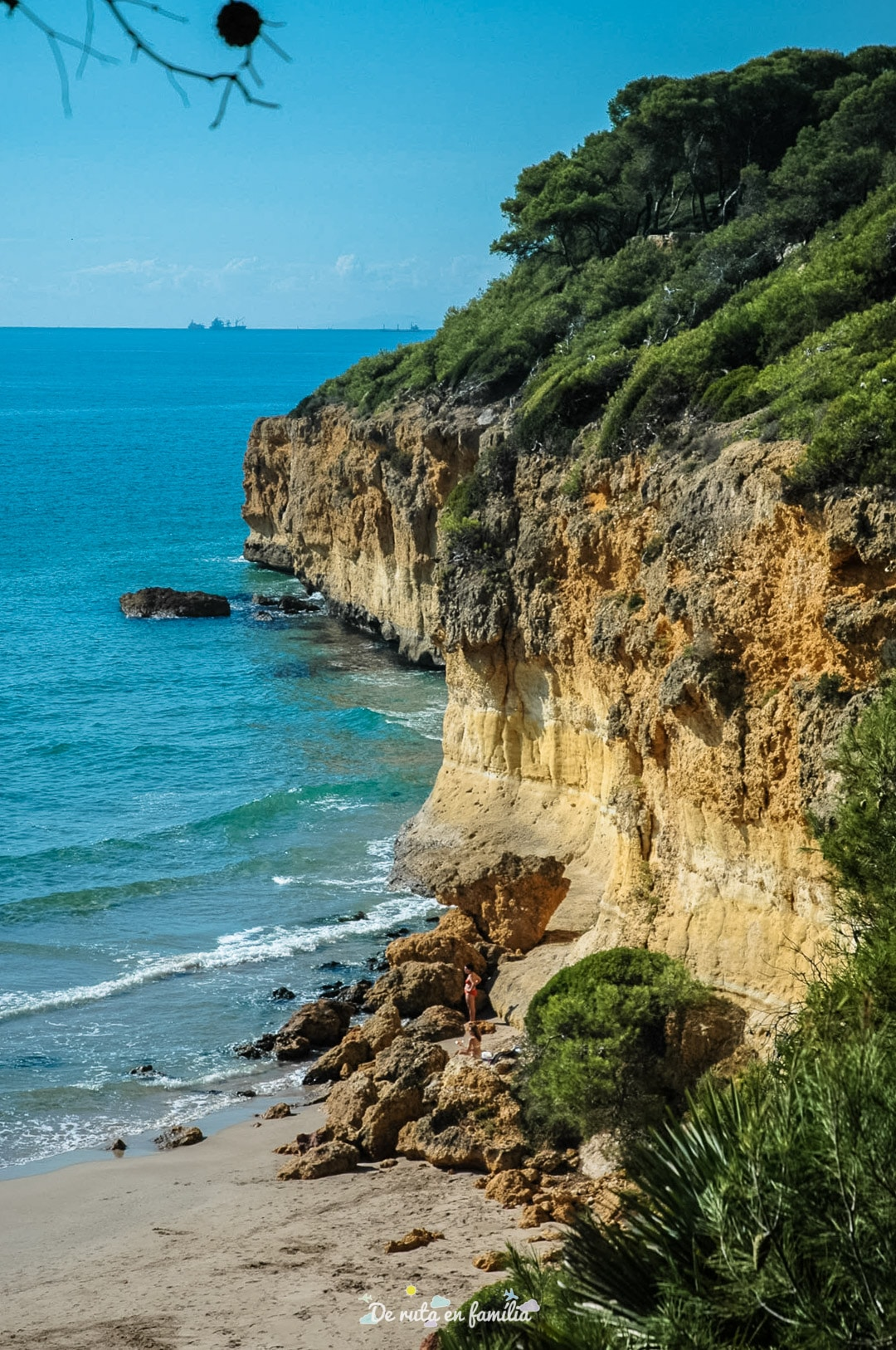 les millors platges de tarragona waikiki