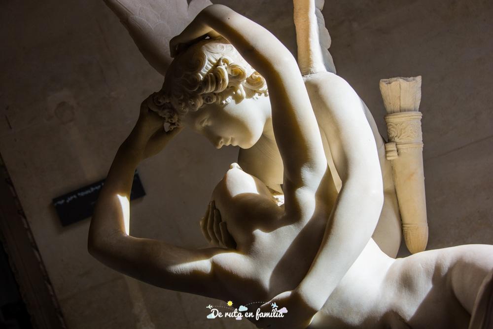 museu del Louvre en un dia