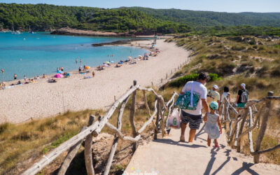 Les platges de Menorca més boniques i accessibles per anar amb nens