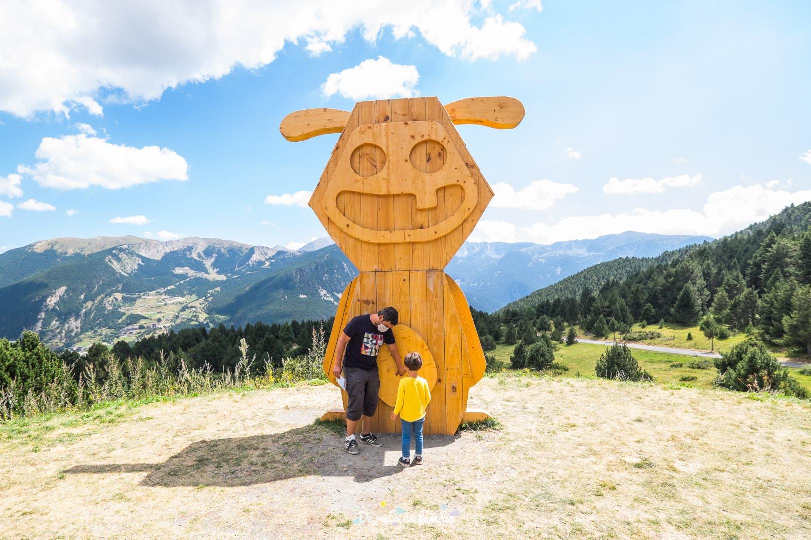 Troba el tamarro. Andorra amb nens