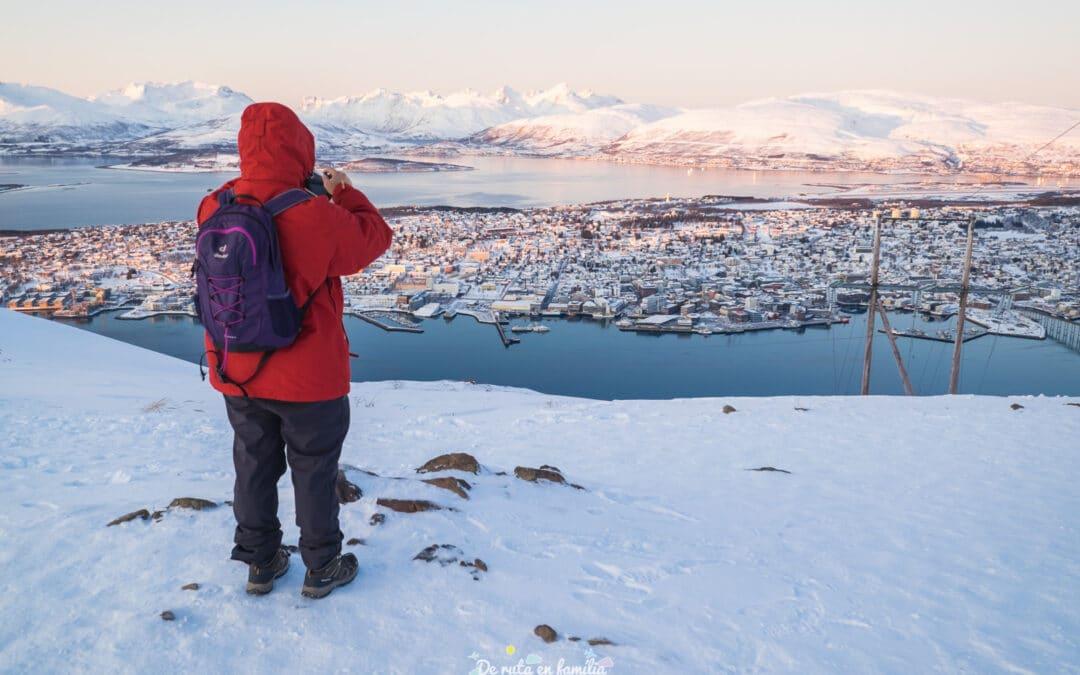 Viatjar a Tromsø. Les millors excursions i activitats per fer a la capital de l'Àrtic amb nens