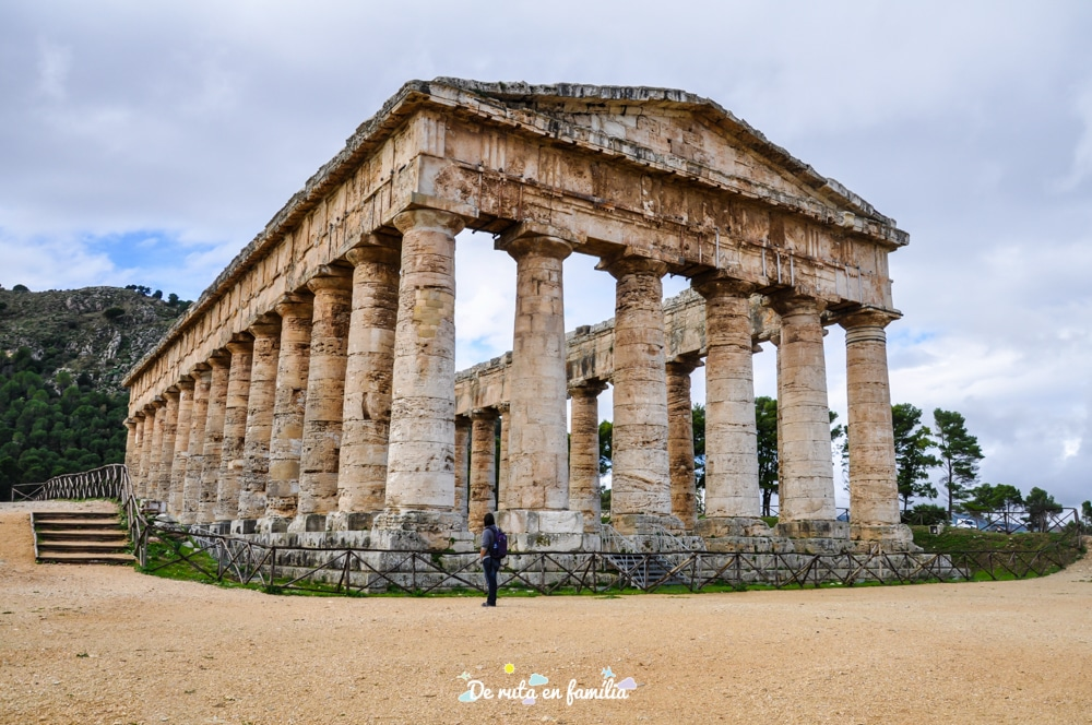 temple segesta sicilia